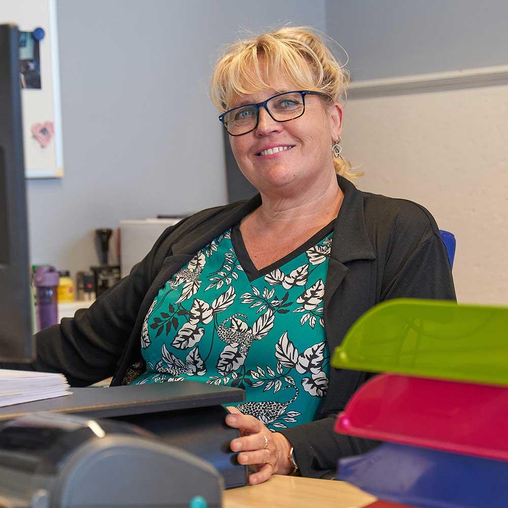 Office manager Carla regelt het